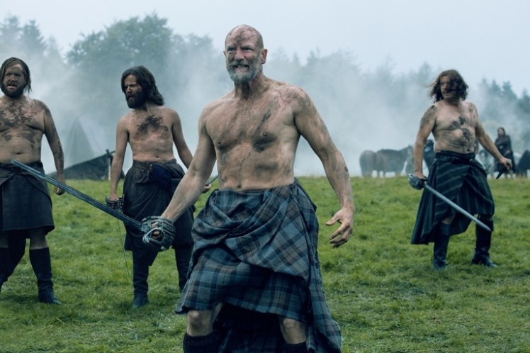 graham-mctavish-as-dougal-mackenzie-grant-orourke-as-ruper-mackenzie-episode-209jpg-6535e0_765w
